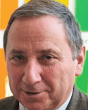 Raphael Ducos Jornalista freelancer - raphael@reviewofprint.com